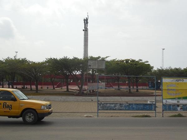 semaine de voyage au sud Bénin carrefour etoile rouge