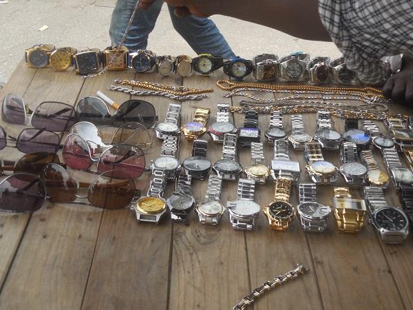 bracelet au marché de missebo