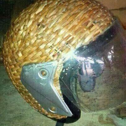 forme de casque au Bénin