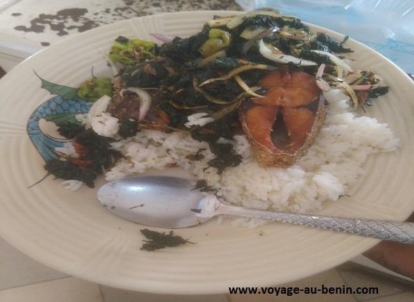plat de riz dans la cuisine béninoise