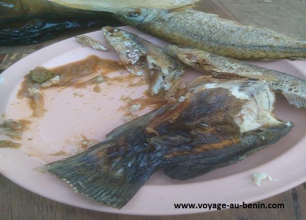 poisson frit et cuisine béninoise