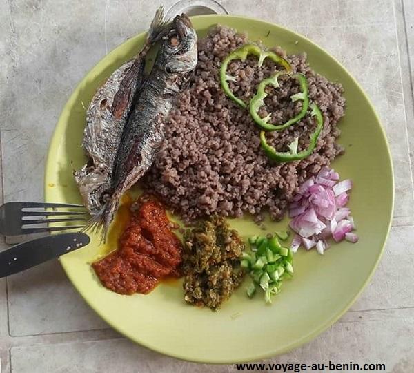 un plat de wassawassa dans la cuisine béninoise