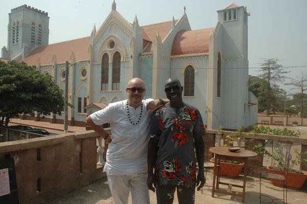 interview d'un belge qui vit à Ouidah au Bénin