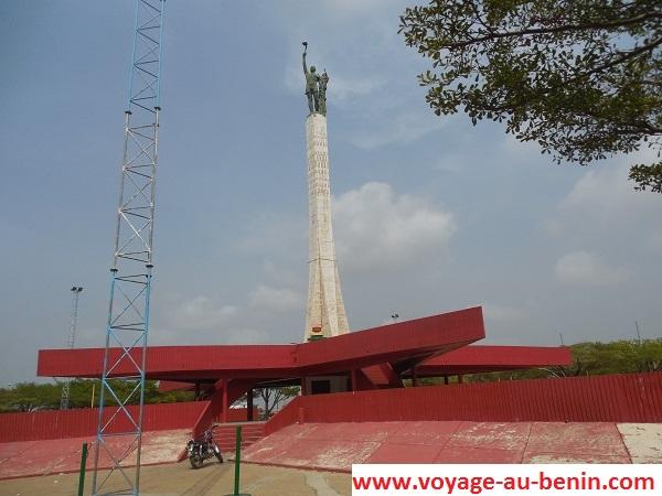 L'étoile rouge de Cotonou