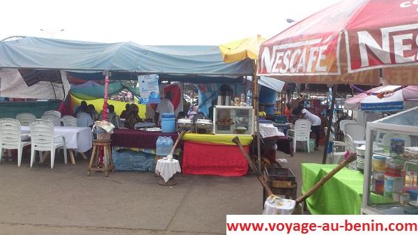 Visiter à Cotonou l'esplanade du stade de l'amitier