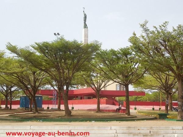 Présentation de L'étoile rouge de Cotonou au Bénin